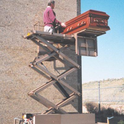 low boy mausoleum lift